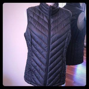 32 degrees vest